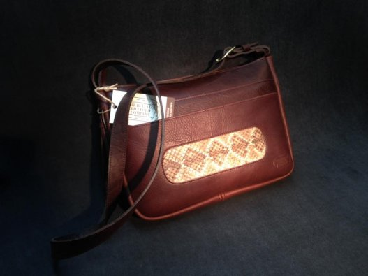 Diamondback Dakota Leather Purse - Rattlesnake Inlay